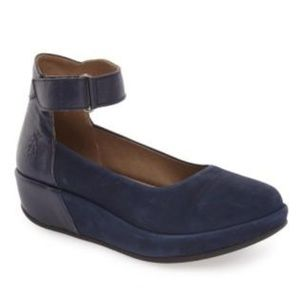 FLY Londo Bana Ocean Cupido Mousse Leather Wedge